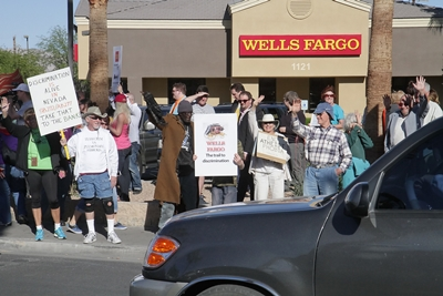wells_fargo_protest02