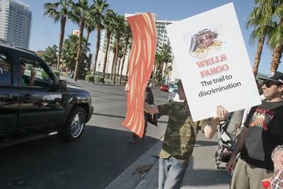 wells_fargo_protest07